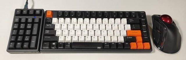 FILCO Majestouchテンキー静音赤軸レビュー_実際にキーボードの横に置いて使ってみた